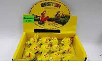 Цыплята пасхальные в гнезде с золотой каёмкой