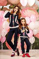 Модний дитячий спортивний костюм з квітковим принтом, для мами і доньки, 116-134 розмір, фото 1