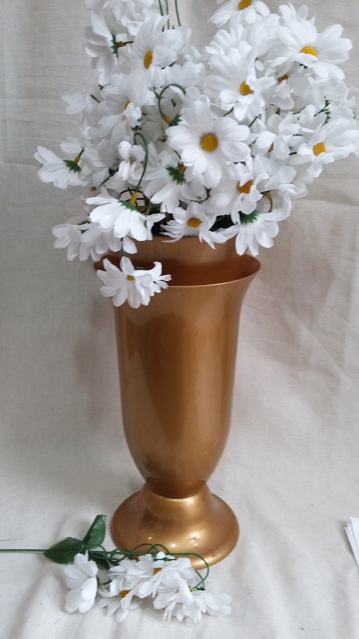 Ромашка мелкая, 7 цв.на ветке, в-42 см (10\6) (цена за 1 шт. + 4 гр.)
