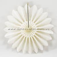 Подвесной веер, молочный, 40 см - бумажный декор-розетка