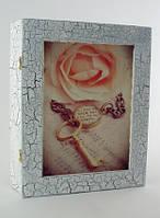 """Ключница на стену. Белая """"Роза и ключи"""", фото 1"""