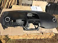 Панель Renault Kangoo 2010р.
