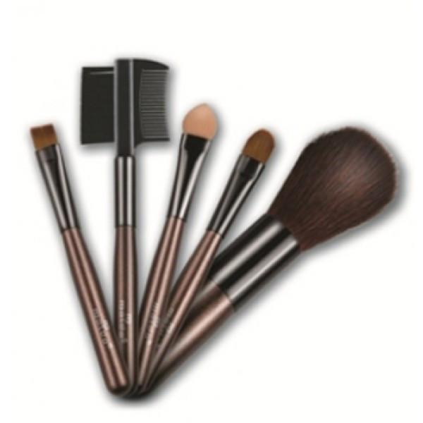 Натуральные кисти для макияжа