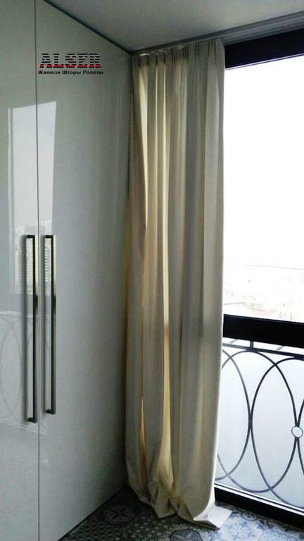 Завершенный объект: Шторы на тесьме + римские шторы: г. Киев, ул. Драгоманова Под ключ ― 14500 грн. Срок изготовления ― 14 рабочих дней
