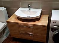 Подвесная тумба в ванную комнату со структурой дерева