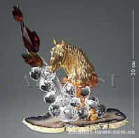 """RA-27 Фигура """"Золотая лошадь с хрустальными шарами на агате"""""""