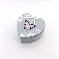 Шкатулка с бабочкой в виде сердца