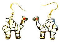 """Серьги """"Верблюд"""" со вставками из натуральных камней, белые"""