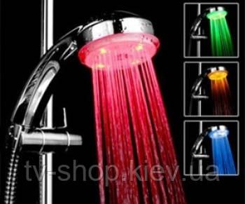 Светодиодная насадка на душ  Led Shower
