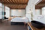 Дизайн помещения с декоративными балками на потолке, фото 5