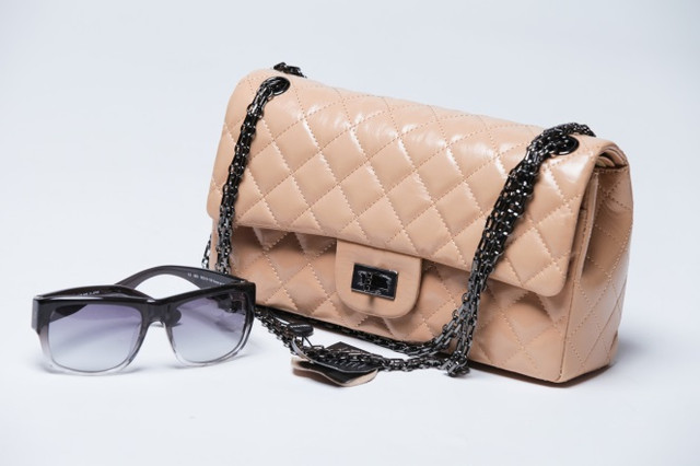 Клатчи и маленькие сумочки