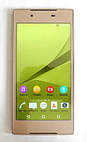 SONY Z5 , 2 ядра, 5 дюймов, Android 4.4.2 ,8 Мп,2 sim
