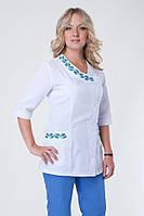 Медицинский костюм с вышивкой для женщин