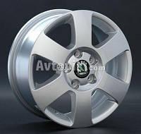 Литые диски Replay Skoda (SK7) R15 W6 PCD5x112 ET47 DIA57.1 (silver)