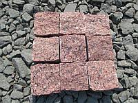 Брусчатка колотая красная Лезниковского месторождения.