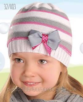 Демісезонна шапка для дівчинки