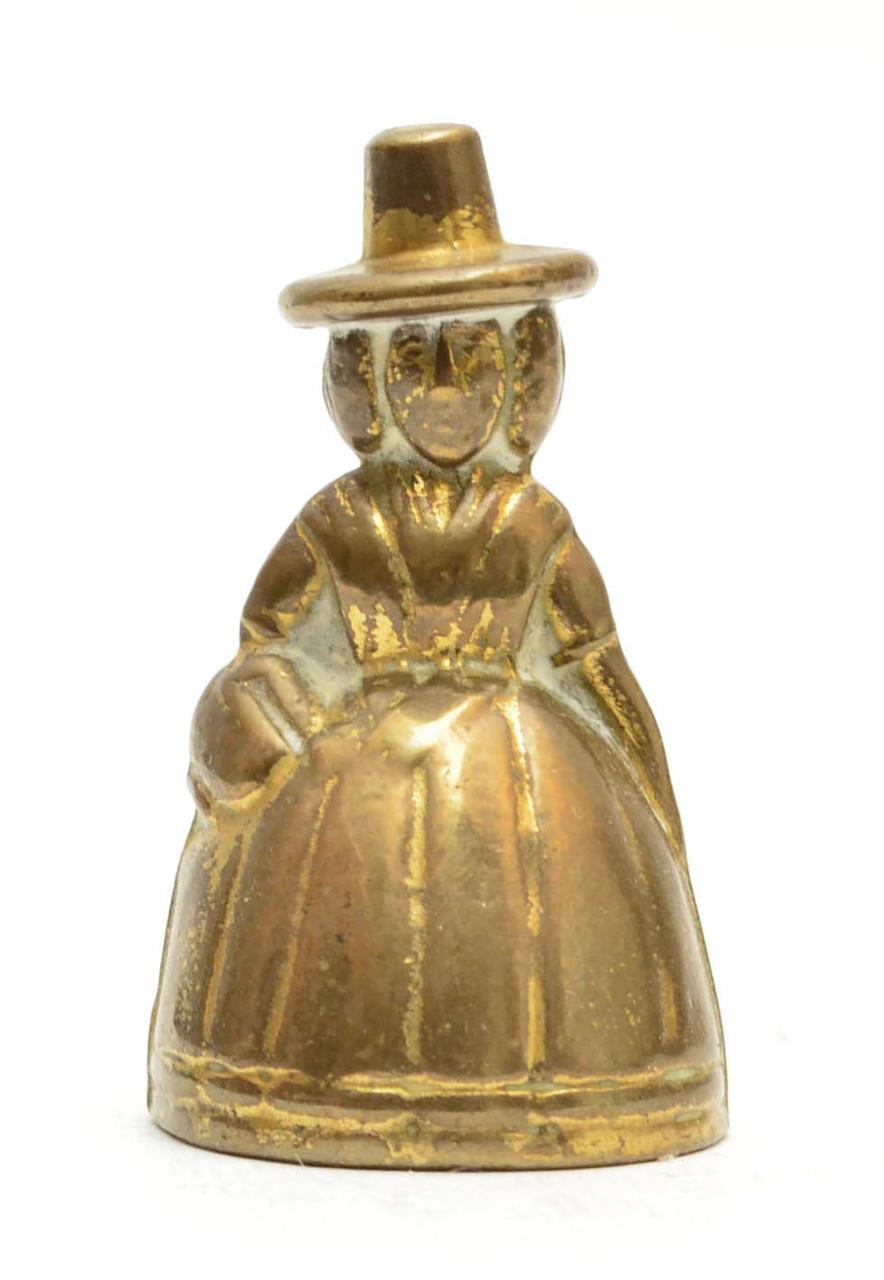 Старый колокольчик в миниатюре, Дженни Джонс