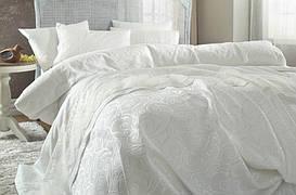 Постельное белье Karaca Home Beren krem кремовое + покрывало Pike.