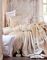 Постельное белье Karaca Home Timeless toprac бежевый + покрывало Pike+плед.