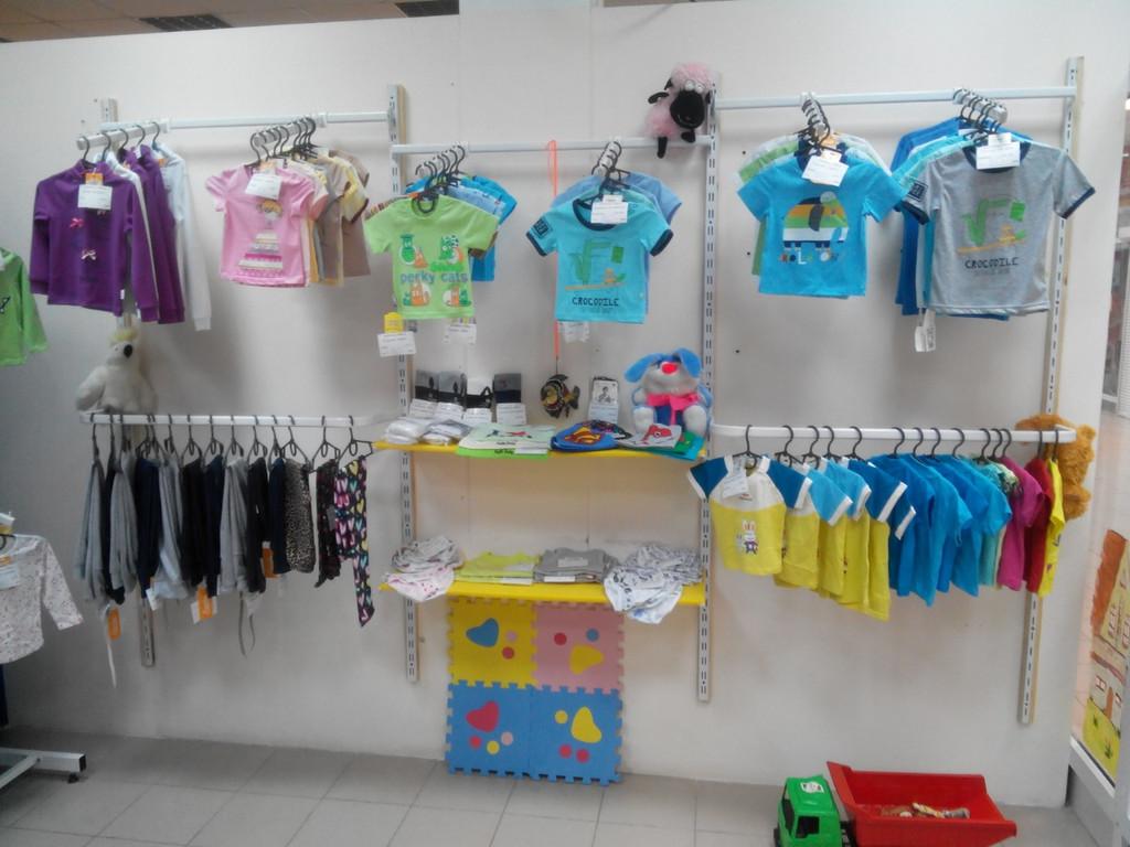 Торговое оборудование магазина детской одежды 2