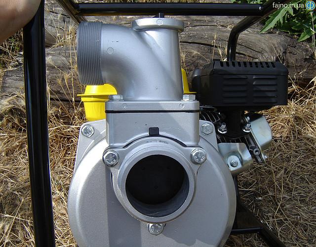 Мотопомпа Sadko WP-8030 - крыльчатка и обратный клапан