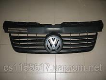 Решетка радиатора 7H0807101 б/у на VW Transporter T5 после 2003 года