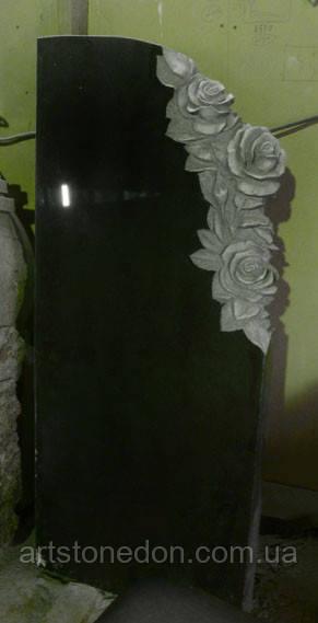 Памятник с розами 2