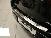 Накладка на задний бампер на Тойота Аурис с 2013> (нерж) с загибом NataNico.