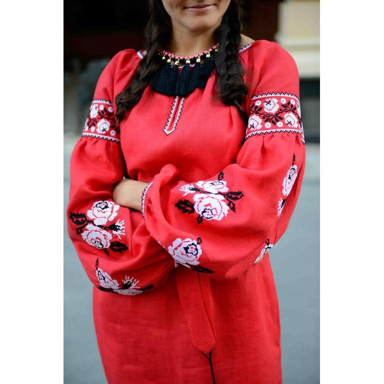 Платье-рубашка красное с белыми розами