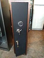 Усиленный оружейный сейф с электронным замком для двух ружей