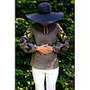 Женская вышиванка серая с черными петухами и желтой вышивкой
