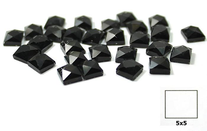 Камни-стразы клеевые 5х5 чёрные-упак 100 шт.