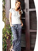 Легкая женская пижама с шнатами