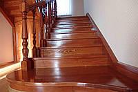Лестница на второй этаж, фото 1