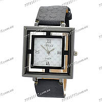 Часы женские наручные Gucci SSBN-1086-0026