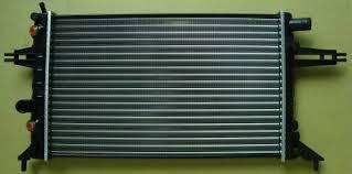 Радиатор Оpel Аstra G (1.4-1.6-1.8-2.0 АКП АС-) 540*378мм по сотах KEMP