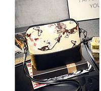 Стильная молодежная сумка с дизайнерским принтом. Женская сумка на плечо. Купить сумку в интернете. Код: КД75