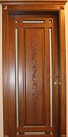 Межкомнатные деревянные двери с резьбой