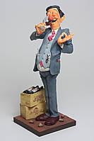 Статуэтка скульптора Guillermo Forchino - Сомелье THE WINE TASTER 44 см.