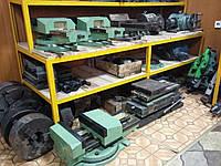 Покупаем патроны токарные, тиски станочные, столы поворотные