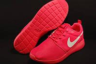 Кроссовки беговые ярко розовые  Nike Roshe Run