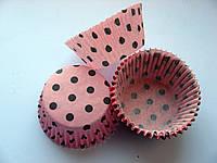 Форма для кекса бумажная. Розовая в черный горошек