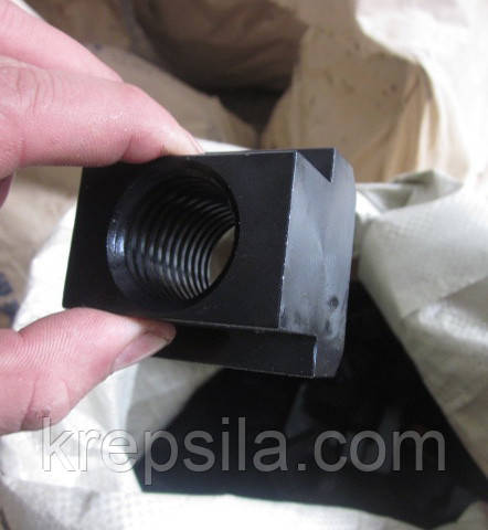 Гайка Т-образная М12 DIN 508