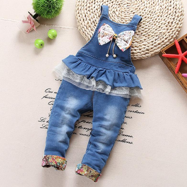 a17ea5fb3f1624 Модний джинсовий комбінезон на дівчинку весна/літо/осінь - Інтернет-магазин  дитячого та