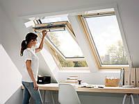 Мансардне вікно VELUX OPTIMA стандарт GZR 3050 SR 06 дерев'яне 114х118 см
