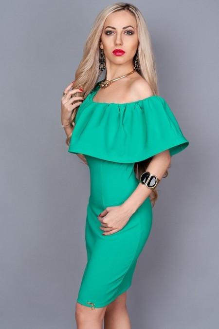 Нарядное платье бирюза с открытыми плечами