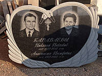 Памятник лебедь с сердцем ЛС-17