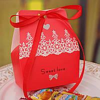 Свадебные бонбоньерки в красном цвете