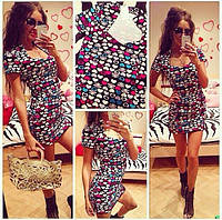 Женское мини платье в сердечки