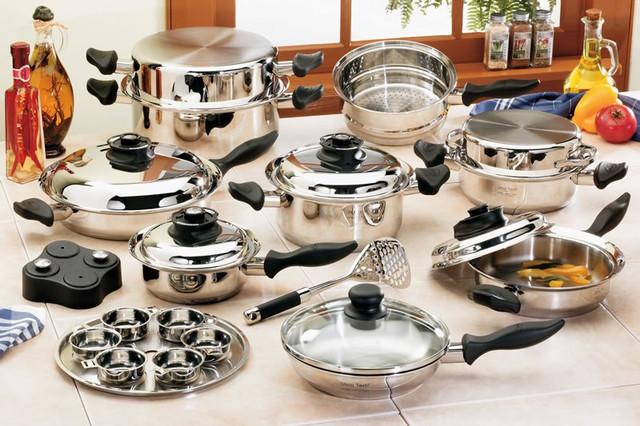 Посуд та інвентар